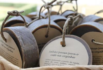 Atelier do Sabão - Koffiemomentje Zeep Tegen Nare Geurtjes
